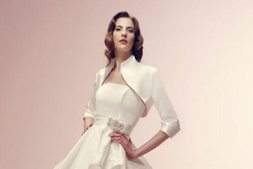Il vestito da sposa per il matrimonio civile: tailleur o ...