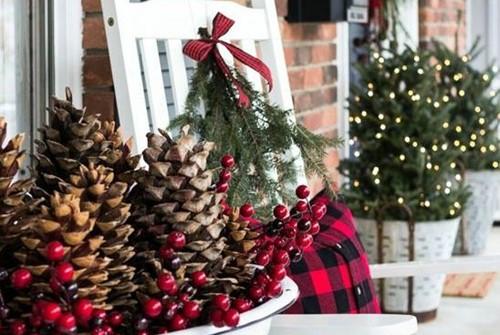 4 idee per decorare l 39 albero di natale - Decorare albero di natale idee ...