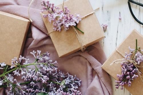 c73a46efea4a55 Allora oggi ti daremo alcuni piccoli spunti per scegliere il regalo per  padrino di Cresima perfetto!